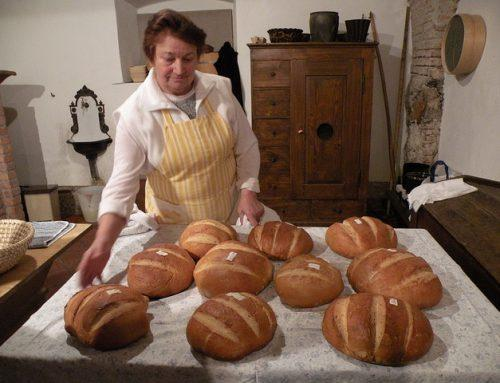 Sobota (23. 11.): Delavnica peke kruha v krušni peči