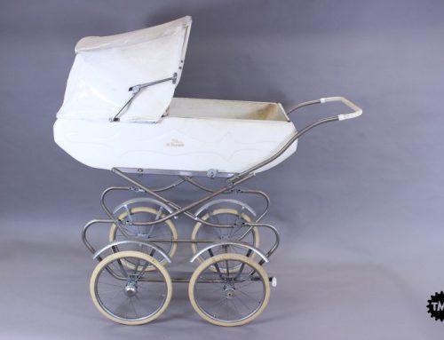 Nova muzejska pridobitev: otroški voziček Tribuna