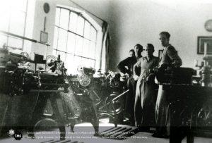 Ivan in Jože Kunaver v delavnici v Rožni dolini